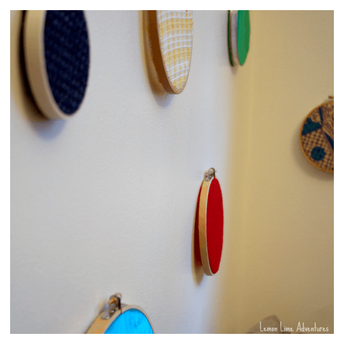 DIY Fabric Circle Wall Decorations