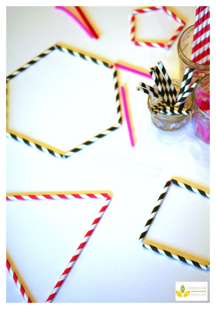 Building Polygons with Straws