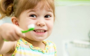 5 Tips For Fuss-Free, Healthy Teeth in Kids