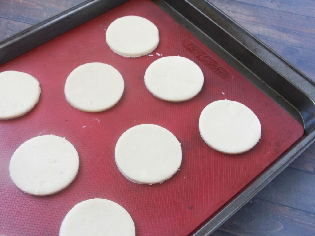 how to make pokemon sugar cookies (2)