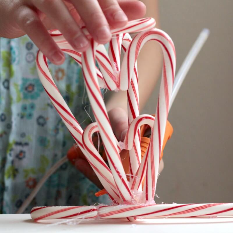 Kids love building? Kids love Christmas? Challenge them to create their own candy cane creations in this fun STEM candy cane building challenge!