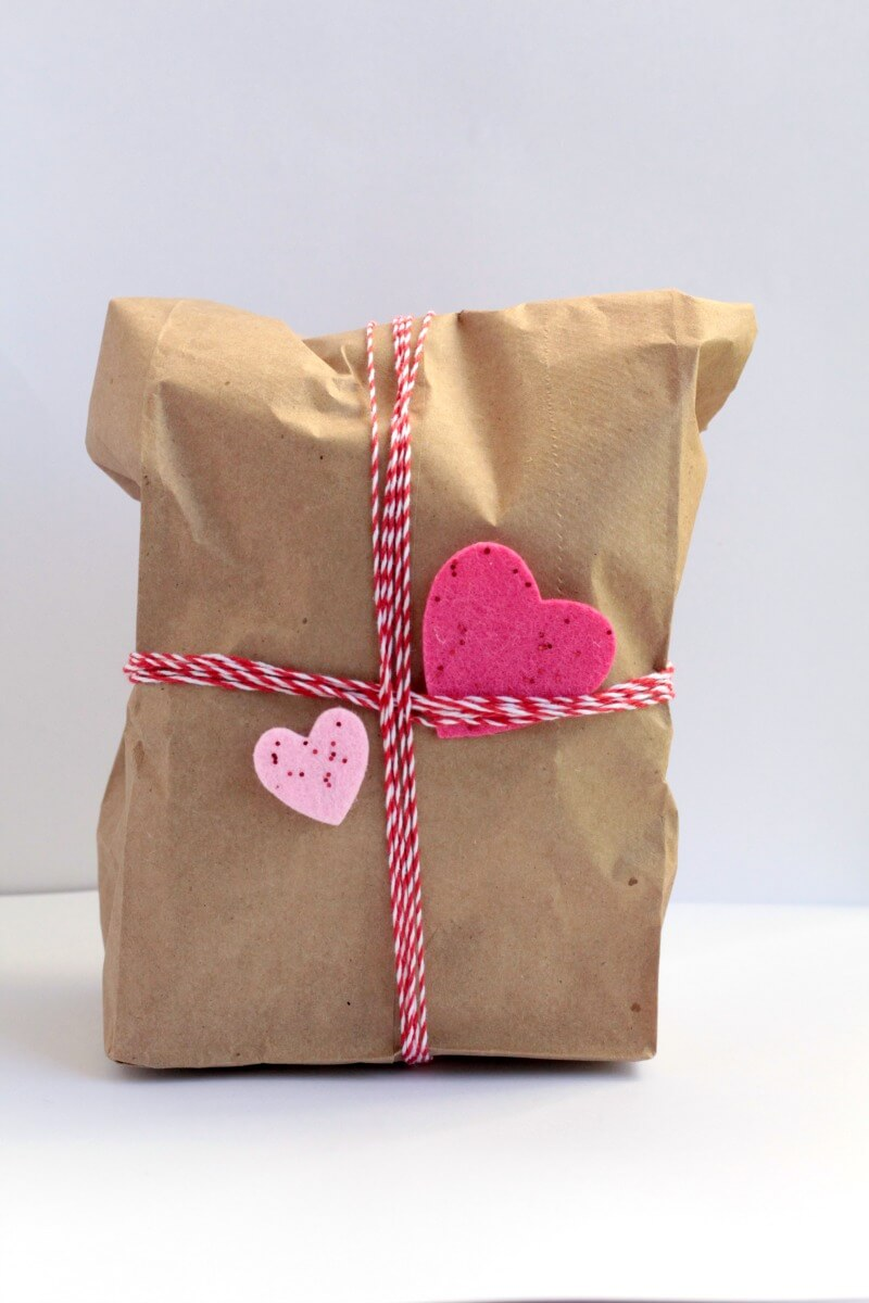If your kids love STEM challenges, they will love this challenge to keep their egg safe from a long drop- but this time, they have to use Valentine's stuff!