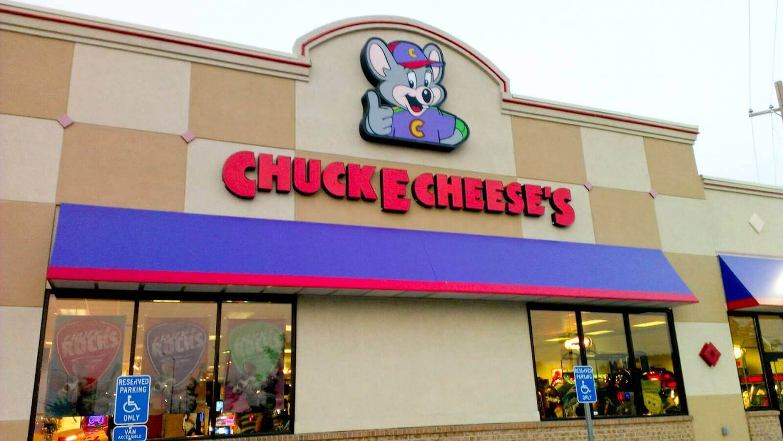 Chuck E Cheese Goes Nationwide with Sensory Friendly Sundays for Children with Autism, SPD, and other Special Needs