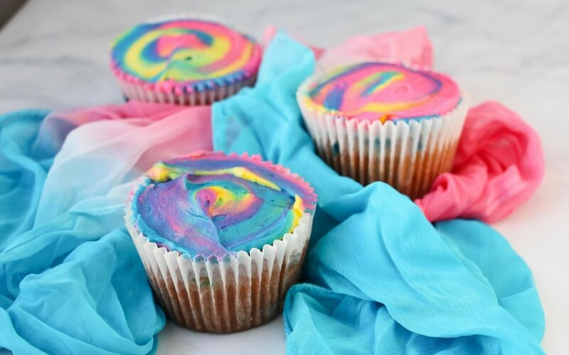 Totally Awesome Tie-Dye Cupcakes!